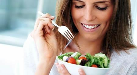 Imagen persona comiendo - Imagui